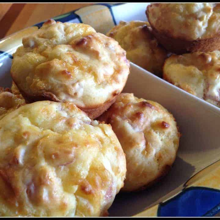 Easy Cheese Muffins