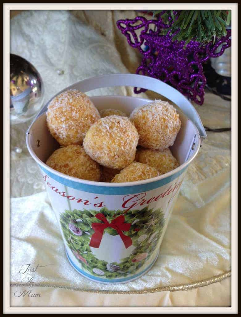 Simple Apricot Bliss Balls