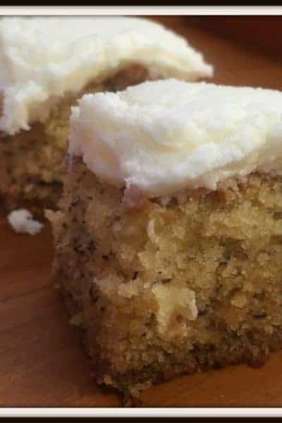 """The """"You Just Have to Make It"""" Banana Cake!"""