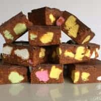 No-Bake Candy Slice