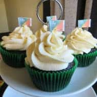 Delicious Cupcakes & Onecard Birthday Party