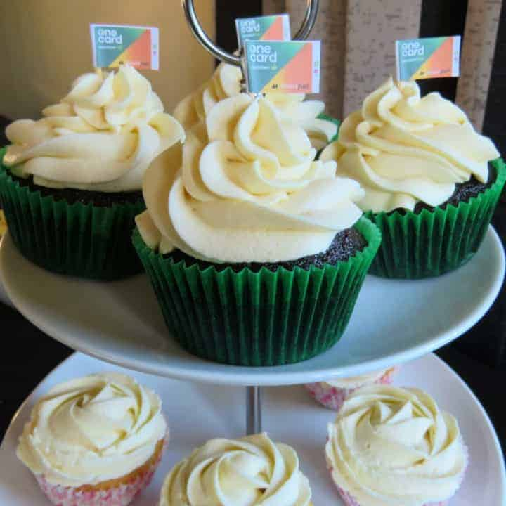 Delicious Cupcakes & Onecard Birthday Party