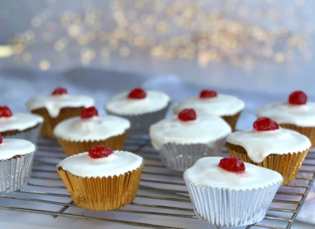 Maple Syrup Cupcakes with Surprise Inside and Royal Icing
