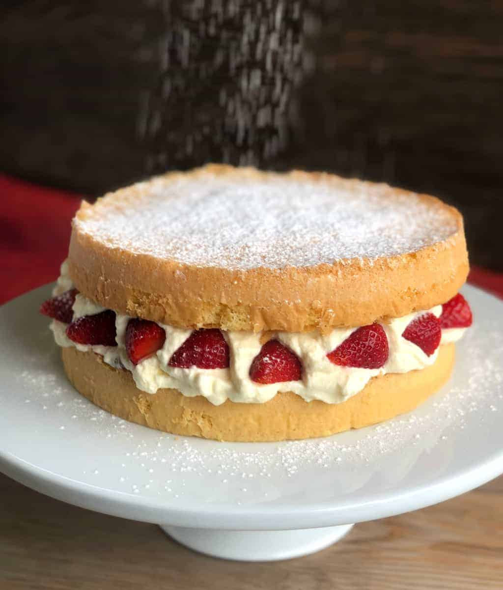 Easy Sponge Recipe by Just A Mum