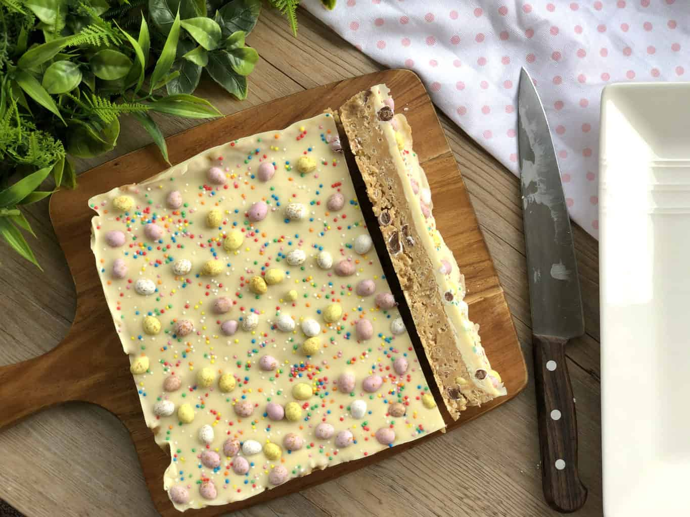 Slice of No Bake Slice with Rice Bubbles