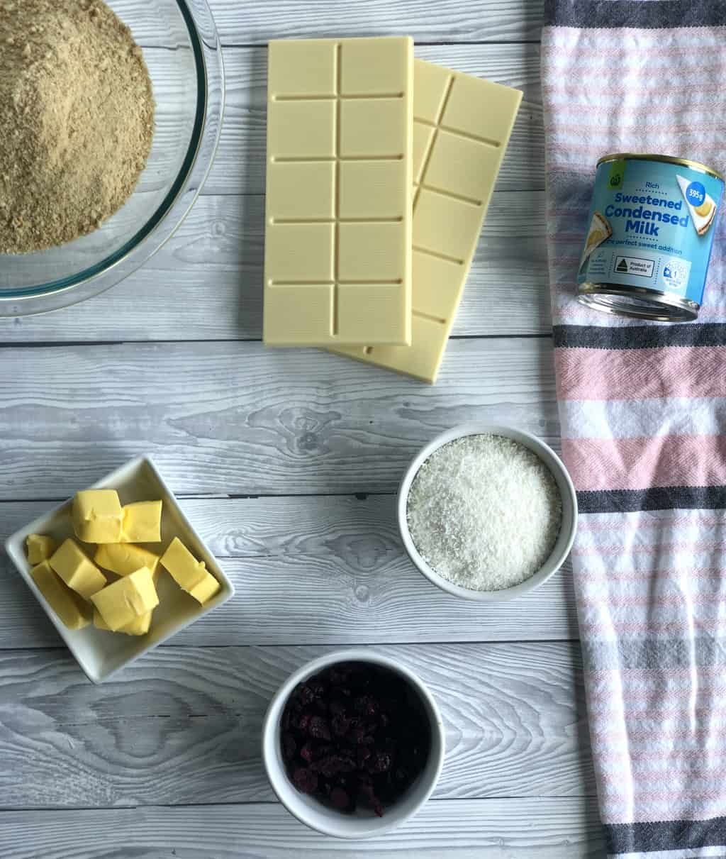 Easy ingredients for the no bake slice, see recipe for full details.