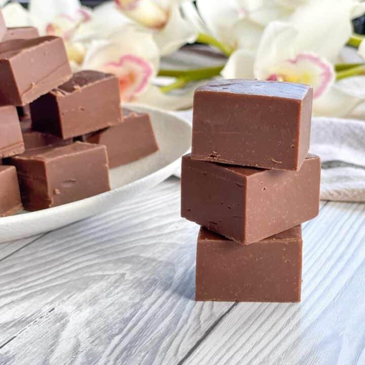 Pieces of milk chocolate fudge